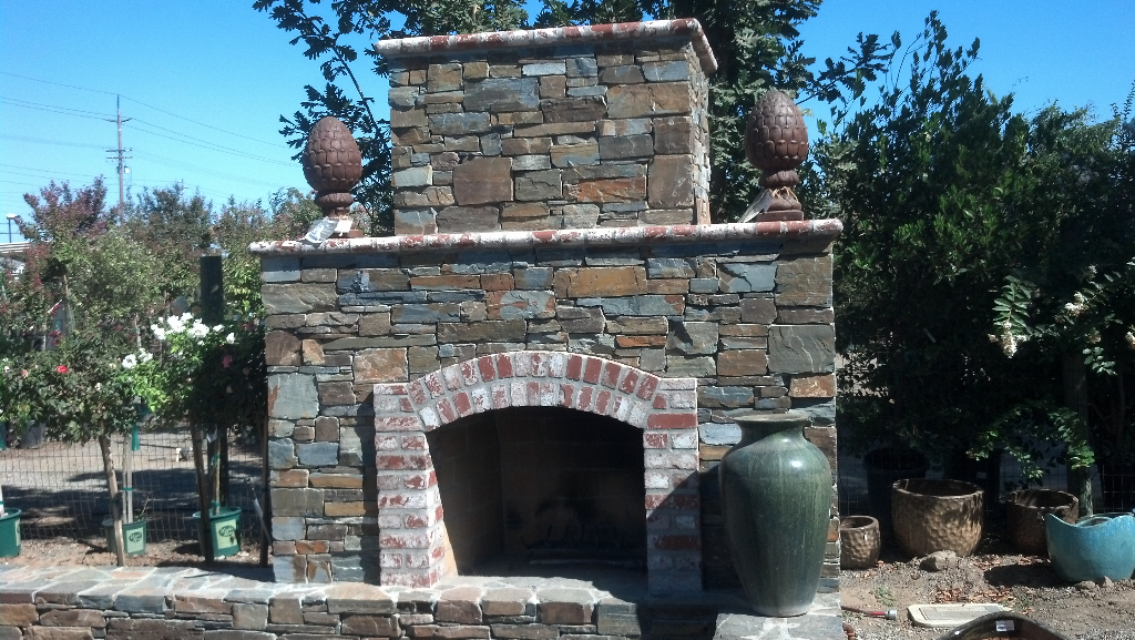 An image of finished outdoor fireplace work in Pleasanton, CA.
