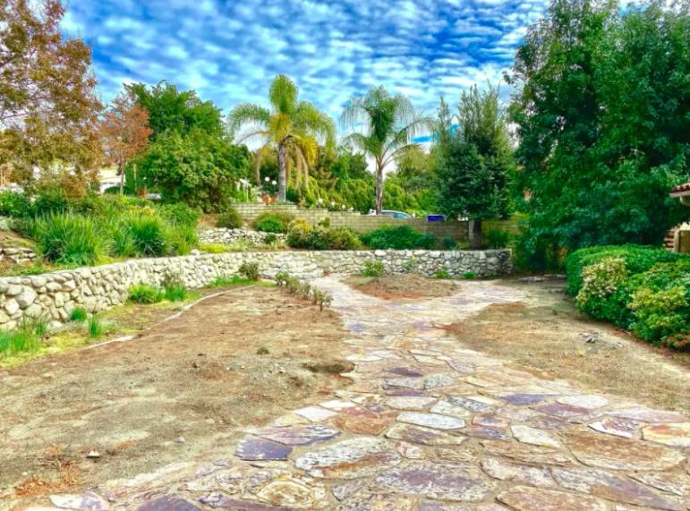 this image shows stone pavers in Pleasanton, California